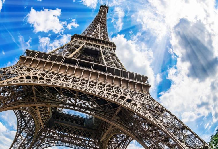 巴黎浪漫全景一日游 埃菲尔铁塔+凯旋门+卢浮宫+塞纳河游船+蒙马特高地